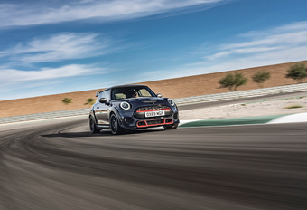 Mini John Cooper Works GP: hard tegen onzacht #1