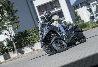 Yamaha Tricity 300 : Triangle de sécurité #1