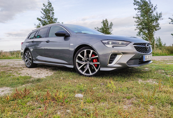 Opel Insignia Sports Tourer GSi - le sportif polyvalent #1