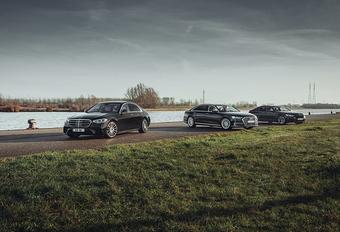 Vergelijkende test AUDI A8 50 TDI // BMW 730D // MERCEDES S 350 D (2021) #1