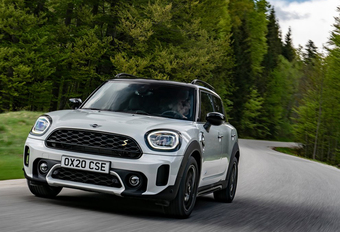 Mini Countryman Cooper SE ALL4 (restylé) - hybride rechargeable réussi #1