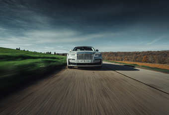 Rolls-Royce Ghost : Haute voiture, haute couture #1