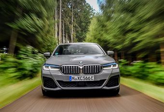 Test BMW 545e xDrive PHEV (2021) - Review AutoWereld