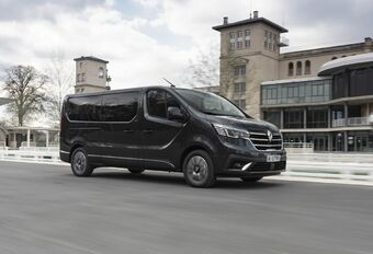 Renault Trafic SpaceClass 2021 : pour famille VIP #1