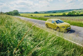Opel Astra Hybrid 180 PHEV (2021) - prototypetest