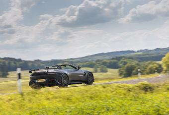 Aston Martin Vantage Roadster F1 Edition (2021) #1