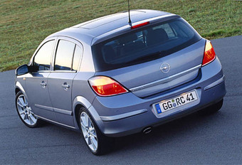 Opel Astra 2.0T #1