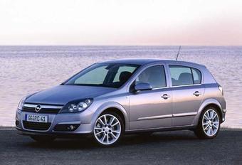 Opel Astra 1.4 16V/1.8 16V & 1.7 CDTi #1