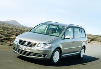VW Touran 1.4 TSI 140 DSG & 2.0 TDI 140 #1