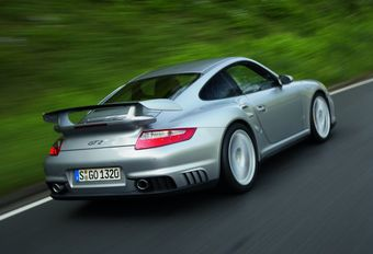 Porsche 911 GT2 #1
