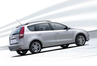 Hyundai i30 CrossWagon 1.6 CRDi 90, 1.6 CRDi 115 & 2.0 CRDi 136 #1