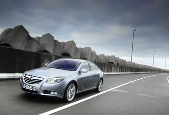 Opel Insignia 2.0 T & 2.0 CDTI #1
