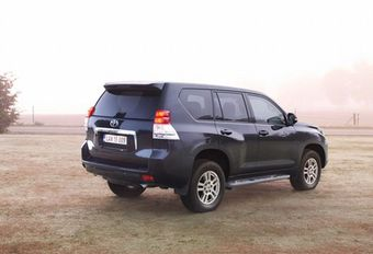 Toyota Land Cruiser 3.0 D-4D #1