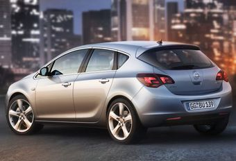 Opel Astra 1.7 CDTI 125 #1