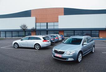 Citroën C5 Tourer 2.0 HDi, Ford Mondeo Clipper 2.0 TDCi, Opel Insignia Sports Tourer 2.0 CDTI 130, Toyota Avensis Wagon 2.0 D-4D, Skoda Superb Combi 2.0 TDI 136 & Volkswagen Passat Variant 2.0 TDI 136 : Lasmala chic #1