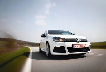 Volkswagen Golf R #1
