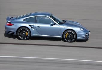 Porsche 911 Turbo S  #1