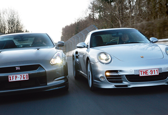 Nissan GT-R & Porsche 911 Turbo : Lords of the ring #1