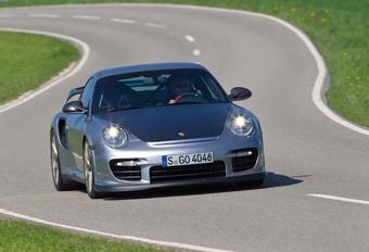 Porsche 911 GT2 RS  #1