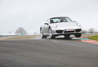 Porsche 911 Carrera S #1