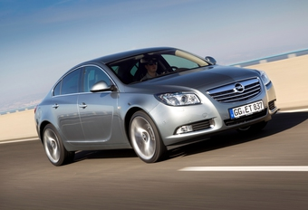 Opel Insignia 2.0 Biturbo CDTI #1