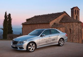 Mercedes E300 BlueTec Hybrid #1
