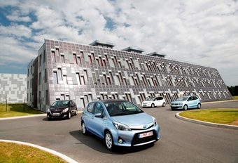 Honda Jazz Hybrid, Peugeot 208 1.2 VTi, Toyota Yaris Hybrid et Volkswagen Polo 1.6 TDI BlueMotion : Quand chaque centime compte #1