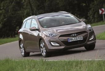 Hyundai i30 Wagon #1