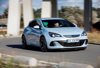 Opel Astra OPC #1