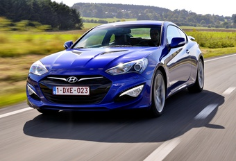 Hyundai Genesis Coupé 3.8 A #1