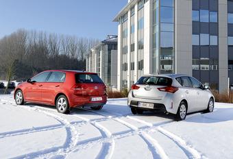 Toyota Auris 1.33 VVT-i et Volkswagen Golf 1.2 TSI : Tentative de putsch? #1