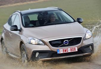 Volvo V40 XC D3 #1