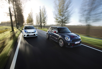 Mini John Cooper Works GP vs Volkswagen Polo R WRC : GP pur, WRC light #1