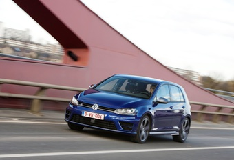 Volkswagen Golf R #1