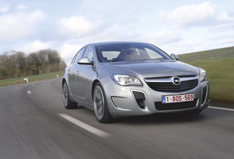 Opel Insignia OPC #1