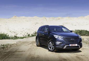 Hyundai Grand Santa Fe #1