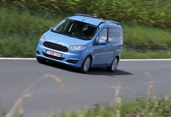 Ford Tourneo Courier 1.6 TDCi #1