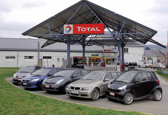BMW 318d • FORD FOCUS ECONETIC • RENAULT GRAND MODUS 1.2 TCE • SMART FORTWO CDI • TOYOTA PRIUS : Tot de laatste druppel #1