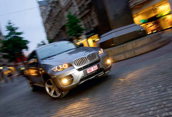 BMW X6 xDrive35d : De nachtburgemeester #1