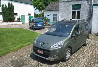 CITROËN BERLINGO BREAK 1.6 HDi • PEUGEOT PARTNER TEPEE 1.6 HDi : Familie kwesties #1