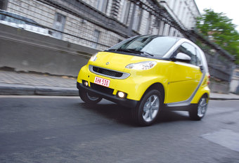 SMART FORTWO COUPÉ 1.0 TURBO : Big city life #1