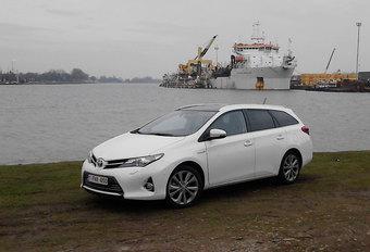 LANGEDUURTEST: Toyota Auris Touring Sports Hybrid (1) #1