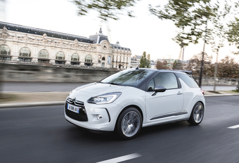 DS3 Cabrio 1.2 PureTech 100 EAT6 #1