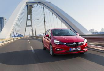 Opel Astra 1.0 Ecotec (2015) #1