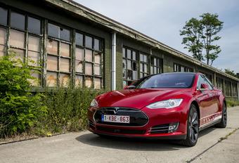 Tesla Model S P85D : La reine du silence #1