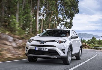 Toyota RAV-4 Hybrid : Unique #1
