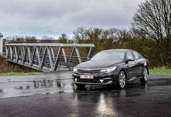 Kia Optima 1.7 CRDi 7-DCT : La séductrice #1
