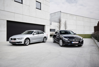 BMW 330e contre Mercedes C 350e : Aux prises pour de vrai #1