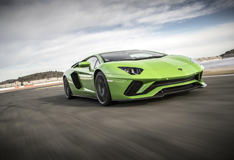 Lamborghini Aventador S : Diva et démon #1
