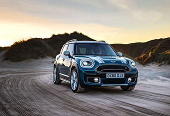 Mini Countryman Cooper S All4 (2017) #1